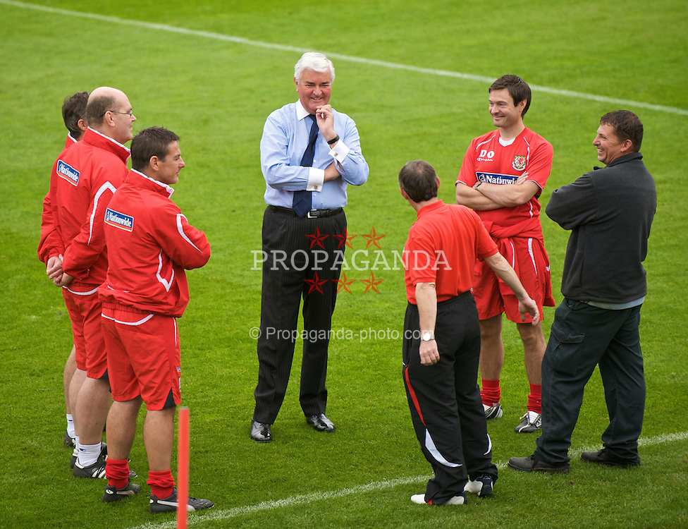 CARDIFF, WALES - Tuesday, September 8, 2009: Wales' General Secretary David Collins chats with the coaches during training at the Vale of Glamorgan Hotel ahead of the FIFA World Cup Qualifying Group 3 match against Russia. (Pic by David Rawcliffe/Propaganda)