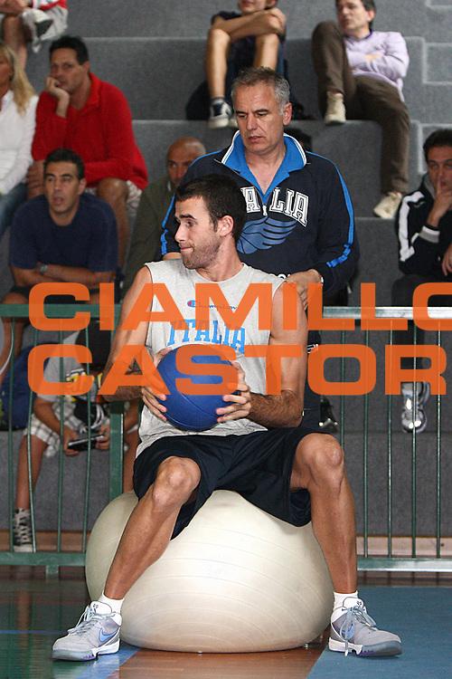 DESCRIZIONE : Bormio Raduno Collegiale Nazionale Italiana Maschile Allenamento<br /> GIOCATORE : Luigi Datome Luigi Sepulcri <br /> SQUADRA : Nazionale Italia Uomini <br /> EVENTO : Raduno Collegiale Nazionale Italiana Maschile <br /> GARA : <br /> DATA : 11/07/2009 <br /> CATEGORIA : <br /> SPORT : Pallacanestro <br /> AUTORE : Agenzia Ciamillo-Castoria/G.Ciamillo