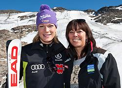 04.11.2011, Moelltaler Gletscher, Flattach, AUT, DSV Medientag, im Bild Maria Riesch und Martha Schultz (Mölltaler Gletscher) // During media day of German Ski Federation DSV at Moelltaler glacier in Flattach, Carinthia, Austria on 4/10/2011. EXPA Pictures © 2011, PhotoCredit: EXPA/ J. Groder