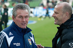 21.02.2010, Weser Stadion, Bremen, GER, 1.FBL, Werder Bremen vs Bayer Leverkusen, im Bild Thomas Schaaf ( Werder  - Trainer  COACH) und Jupp Heynckes ( Leverkusen # Coach - Trainer )  EXPA Pictures © 2010, PhotoCredit: EXPA/ nordphoto/ Kokenge / for Slovenia SPORTIDA PHOTO AGENCY.