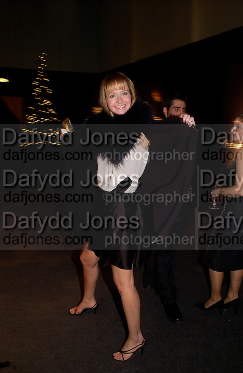 Kate Reardon, Dolce Vita party, Hon Artillery company,  London. 11 December 2003.  © Copyright Photograph by Dafydd Jones 66 Stockwell Park Rd. London SW9 0DA Tel 020 7733 0108 www.dafjones.com