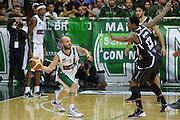 DESCRIZIONE : Avellino Lega A 2013-14 Sidigas Avellino-Pasta Reggia Caserta<br /> GIOCATORE : Spinelli Valerio<br /> CATEGORIA : controcampo tecnica <br /> SQUADRA : Sidigas Avellino<br /> EVENTO : Campionato Lega A 2013-2014<br /> GARA : Sidigas Avellino-Pasta Reggia Caserta<br /> DATA : 16/11/2013<br /> SPORT : Pallacanestro <br /> AUTORE : Agenzia Ciamillo-Castoria/GiulioCiamillo<br /> Galleria : Lega Basket A 2013-2014  <br /> Fotonotizia : Avellino Lega A 2013-14 Sidigas Avellino-Pasta Reggia Caserta<br /> Predefinita :