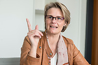 12 APR 2019, BERLIN/GERMANY:<br /> Anja Karliczek, CDU, Bundesministerin fuer Forschung und Bildung, waehrend einem Interview, in ihrem Buero, Bundesministerium fuer Forschung un Bildung<br /> IMAGE: 20190412-01-020<br /> KEYWORDS: B&uuml;ro