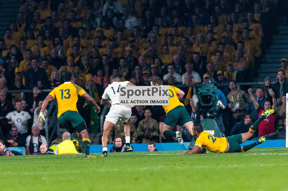 Anthony Watson of England runs in for his team's opening try. Action from the England v Australia game in Pool A of the 2015 Rugby World Cup at Twickenham in London, 3 October 2015. (c) Paul J Roberts / Sportpix.org.uk