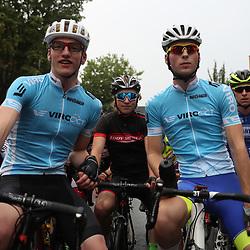 19-08-2016: Wielrennen: Ronde van Markelo: Markelo   <br />MARKELO (NED) wielrennen  <br />Voor de start van de wedstrijd leider Per Wiggers (Elite) en Leon Strotker (Amateurs); Per Wiggers; Leon Stroktker