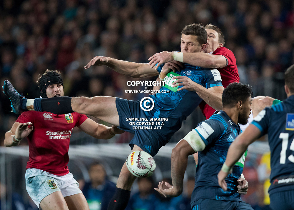Liam Williams first head high, Eden Park, Auckland game 2 of the British and Irish Lions 2017 Tour of New Zealand,The match between the Auckland Blues and British and Irish Lions, Wednesday 7th June 2017   <br /> <br /> (Photo by Kevin Booth Steve Haag Sports)<br /> <br /> Images for social media must have consent from Steve Haag