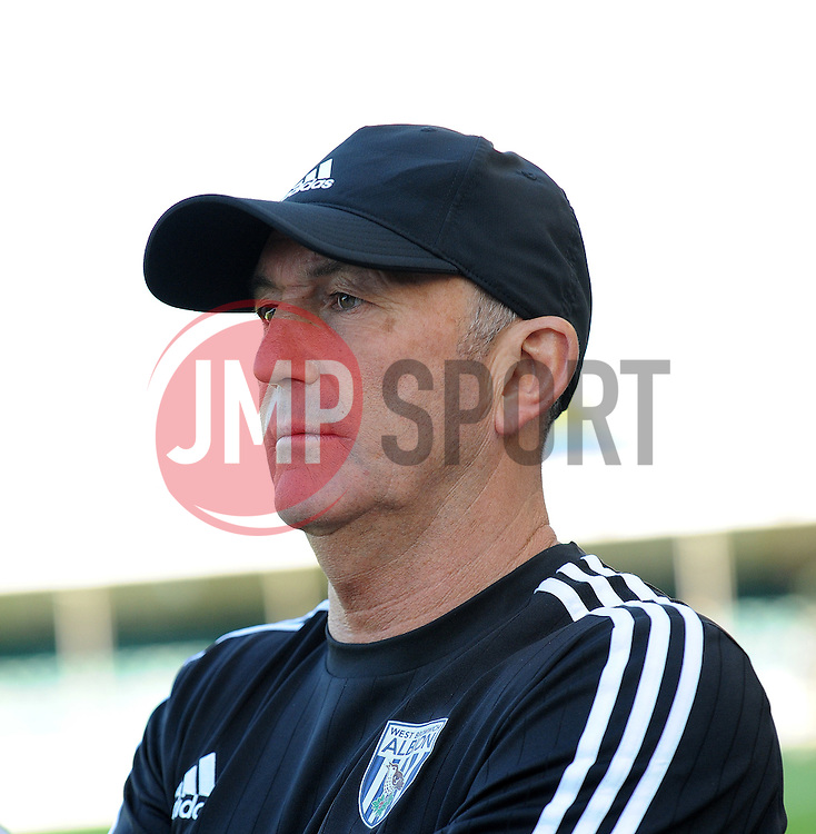 West Bromwich Albion manager Tony Pulis - Mandatory by-line: Neil Brookman/JMP - 07966386802 - 31/07/2015 - SPORT - FOOTBALL - Bristol,England - Memorial Stadium - Bristol Rovers v West Brom - Pre-Season Friendly