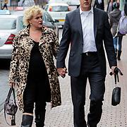 NLD/Amstelveen/20120917 - Uitvaart Rosemarie Smid - Giesen van der Sluis, Marjolein Touw en partner Rob