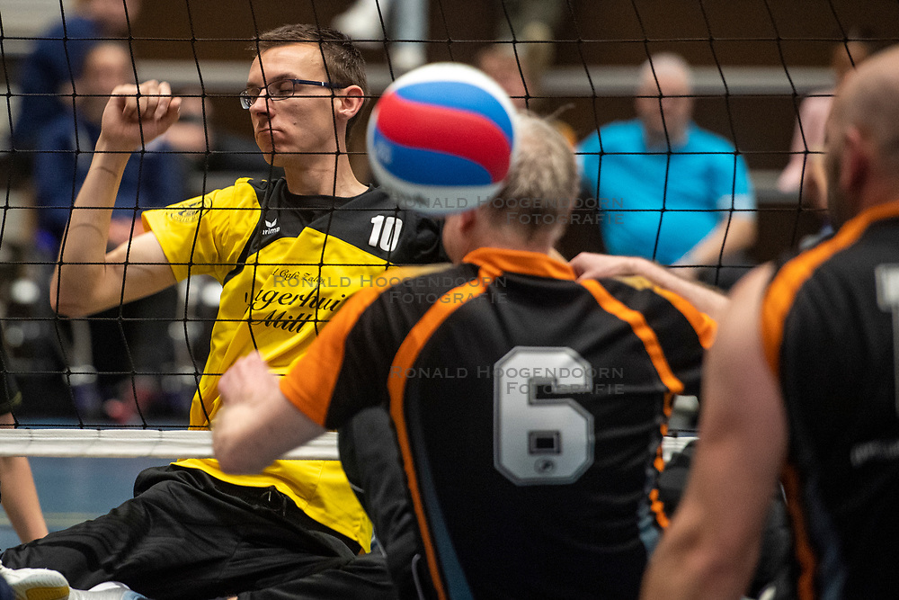20-04-2019 NED: Dirk Kuyt Foundation Cup, Veenendaal<br /> National Cup sitting volleyball in Veenendaal / vv Apollo Mill vs. Allvo I