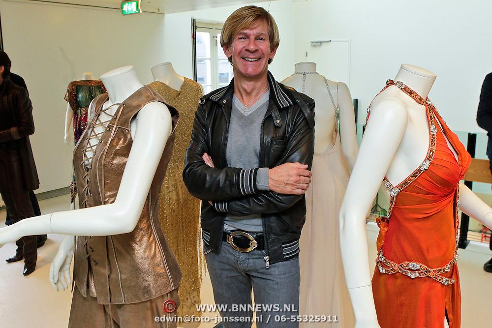 NLD/Amsterdam/20100512 - Opening expositie songfestivaljurken getiteld 'May we have your dress please?! , Addy van den Krommenacker