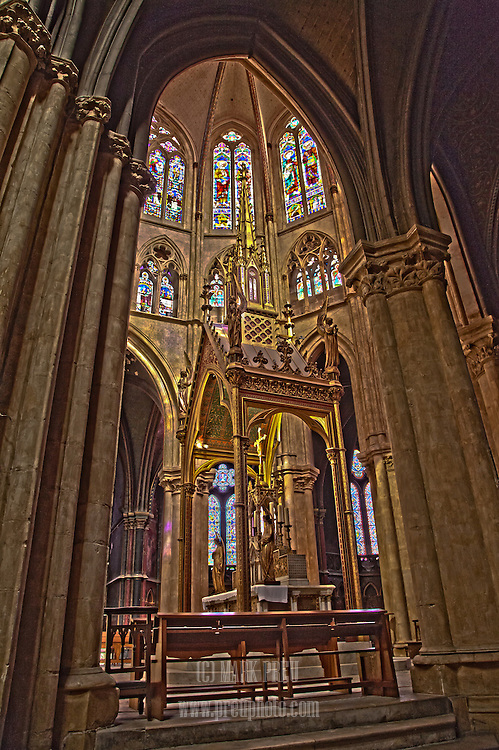 An interior view of the  Cathedral de Sainte-Marie in Bayonne.