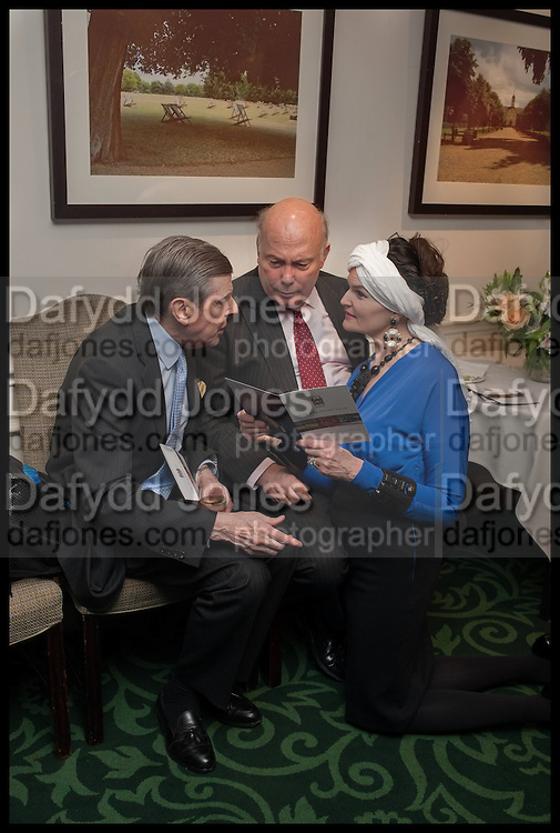 SIR TOBY CLARKE BT; JULIAN FELLOWES; LADY EMMA KITCHENER, The hon Alexandra Foley hosts drinks to introduce ' Lady Foley Grand Tour' with special guest Julian Fellowes. the Sloane Club. Lower Sloane st. London. 14 May 2014