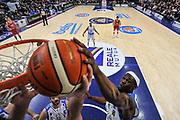 DESCRIZIONE : Campionato 2015/16 Serie A Beko Dinamo Banco di Sardegna Sassari - Grissin Bon Reggio Emilia<br /> GIOCATORE : Brenton Petway<br /> CATEGORIA : Stoppata Special<br /> SQUADRA : Dinamo Banco di Sardegna Sassari<br /> EVENTO : LegaBasket Serie A Beko 2015/2016<br /> GARA : Dinamo Banco di Sardegna Sassari - Grissin Bon Reggio Emilia<br /> DATA : 23/12/2015<br /> SPORT : Pallacanestro <br /> AUTORE : Agenzia Ciamillo-Castoria/L.Canu