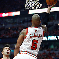 10 May 2011: Chicago Bulls shooting guard Keith Bogans (6) goes for the reverse layup during the Chicago Bulls 95-83 victory over the Atlanta Hawks, during game 5 of the Eastern Conference semi finals at the United Center, Chicago, Illinois, USA.