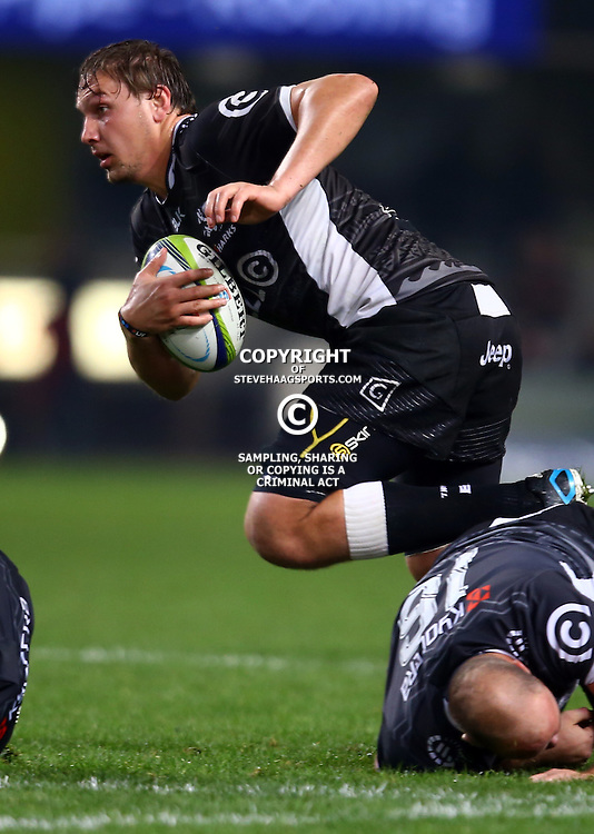 DURBAN, SOUTH AFRICA - JULY 15: Etienne Oosthuizen of the Cell C Sharks during the Super Rugby match between the Cell C Sharks and Sunwolves at Growthpoint Kings Park on July 15, 2016 in Durban, South Africa. (Photo by Steve Haag/Gallo Images)