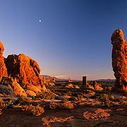 Utah, southwest<br /> Sunset light in Devil's Garden, Arches National Park, Utah.