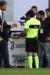 August 19, 2017 - Turin, Italy - Referee Fabio Maresca watch Var TV during the Serie A football match n.1 JUVENTUS - CAGLIARI on 19/08/2017 at the Allianz Stadium in Turin, Italy. (Credit Image: © Matteo Bottanelli/NurPhoto via ZUMA Press)