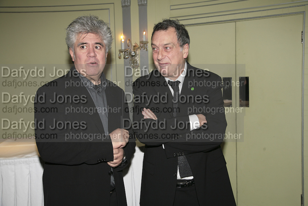 Pedro Almodovar and Stephen Frears. Cocktail party before the  27th Annual London Film Critics' Circle Awards. In aid of the NSPCC. Dorchester. 8 February 2007.  -DO NOT ARCHIVE-© Copyright Photograph by Dafydd Jones. 248 Clapham Rd. London SW9 0PZ. Tel 0207 820 0771. www.dafjones.com.