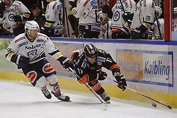 06.12.2015, Eisstadion Liebenau, Graz, AUT, EBEL, Moser Medical Graz 99ers vs EC VSV, 28. Runde, im Bild David Kreuter (EC VSV) und Jonas Almtorp (Moser Medical Graz 99ers) // during the Erste Bank Icehockey League 28th Round match between Moser Medical Graz 99ers and EC VSV at the Ice Stadium Liebenau, Graz, Austria on 2015/12/06, EXPA Pictures © 2015, PhotoCredit: EXPA/ Erwin Scheriau