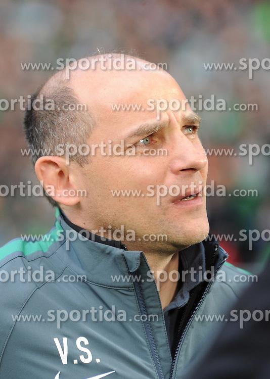 04.04.2015, Weserstadion, Bremen, GER, 1. FBL, SV Werder Bremen vs 1. FSV Mainz 05, 27. Runde, im Bild Viktor Skripnik,Trainer von Werder Bremen // during the German Bundesliga 27th round match between SV Werder Bremen and 1. FSV Mainz 05 at the Weserstadion in Bremen, Germany on 2015/04/04. EXPA Pictures &copy; 2015, PhotoCredit: EXPA/ Eibner-Pressefoto/ Schmidbauer<br /> <br /> *****ATTENTION - OUT of GER*****