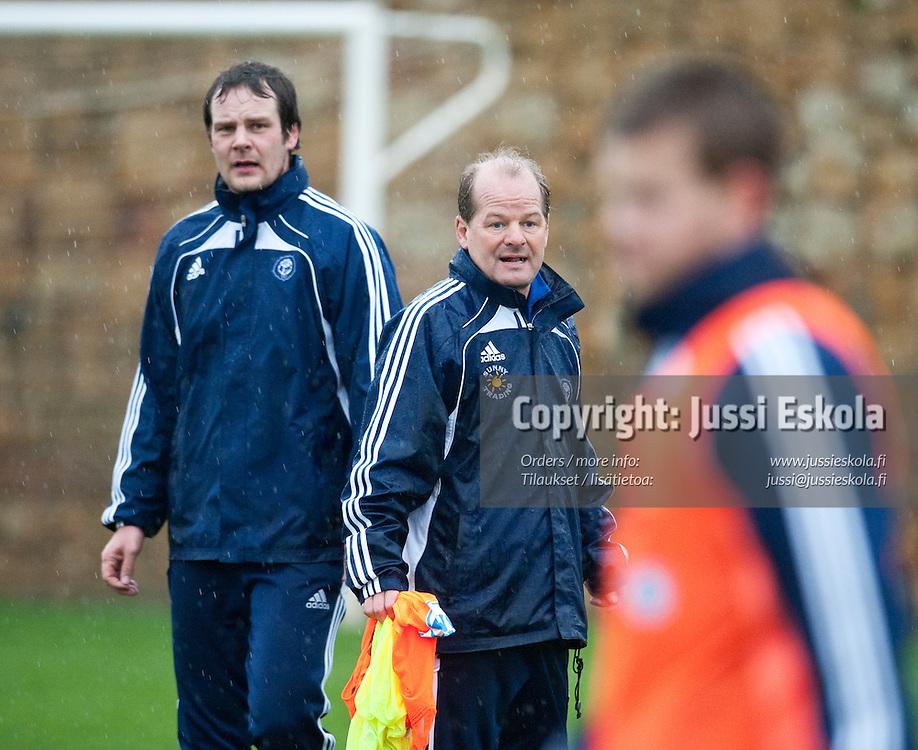 Juho Rantala, Antti Muurinen. HJK. Harjoitukset. Marbella, Espanja 11.3.2011. Photo: Jussi Eskola