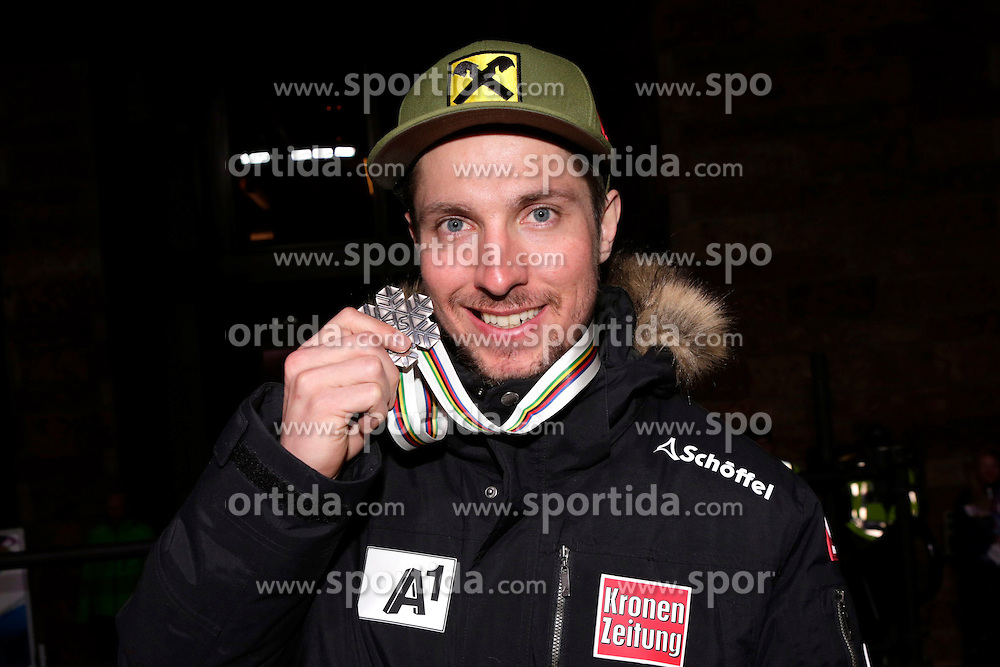 13.02.2015, Solaris Placa, Vail, USA, FIS Weltmeisterschaften Ski Alpin, Vail Beaver Creek 2015, Herren, Riesentorlauf, Medaillen, im Bild Marcel Hirscher (AUT, 2. Platz) // 2nd placed Marcel Hirscher of Austria poses with his Medal after the Mens Giant Slalom of FIS Ski World Championships 2015 at the Solaris Placa in Vail, United States on 2015/02/13. EXPA Pictures © 2015, PhotoCredit: EXPA/ Vail 2015/ Francis Bompard