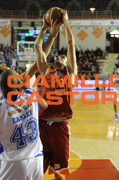 DESCRIZIONE : Roma Lega A 2011-12 Acea Roma Banco di Sardegna Sassari<br /> GIOCATORE : Luigi Datome<br /> CATEGORIA : rimbalzo<br /> SQUADRA : Acea Roma<br /> EVENTO : Campionato Lega A 2011-2012<br /> GARA : Acea Roma Banco di Sardegna Sassari<br /> DATA : 07/03/2012<br /> SPORT : Pallacanestro<br /> AUTORE : Agenzia Ciamillo-Castoria/GiulioCiamillo<br /> Galleria : Lega Basket A 2011-2012<br /> Fotonotizia : Roma Lega A 2011-12 Acea Roma Banco di Sardegna Sassari<br /> Predefinita :