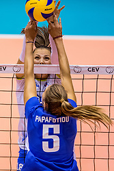 23-08-2017 NED: World Qualifications Greece - Slovenia, Rotterdam<br /> Sloveni&euml; wint met 3-0 / Athina Papafotiou #5 of Greece, Sasa Planinsec #18 of Slovenia