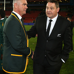 JOHANNESBURG, SOUTH AFRICA - JULY 25: (L) Heyneke Meyer (Head Coach) of South Africa with (R) Steve Hansen (Head Coach) of New Zealand during The Castle Lager Rugby Championship 2015 match between South Africa and New Zealand at Emirates Airline Park on July 25, 2015 in Johannesburg, South Africa. (Photo by Steve Haag/Gallo Images)