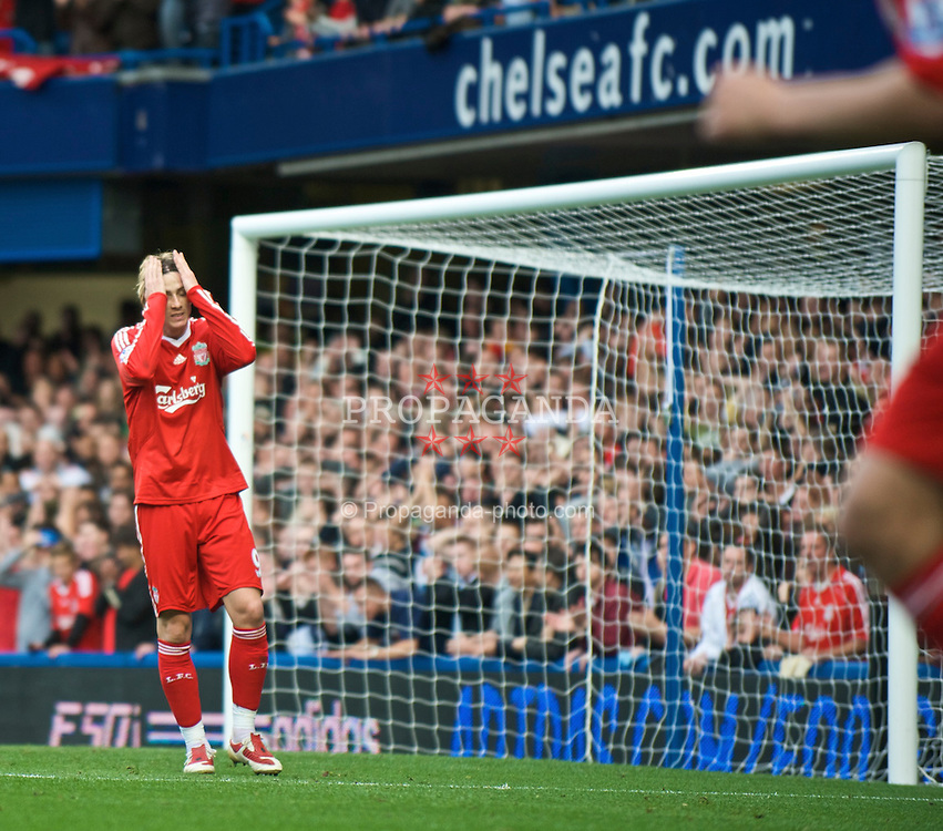 LONDON, ENGLAND - Sunday, October 4, 2009: Liverpool's Fernando Torres rues a missed chance against Chelsea during the Premiership match at Stamford Bridge. (Pic by David Rawcliffe/Propaganda)