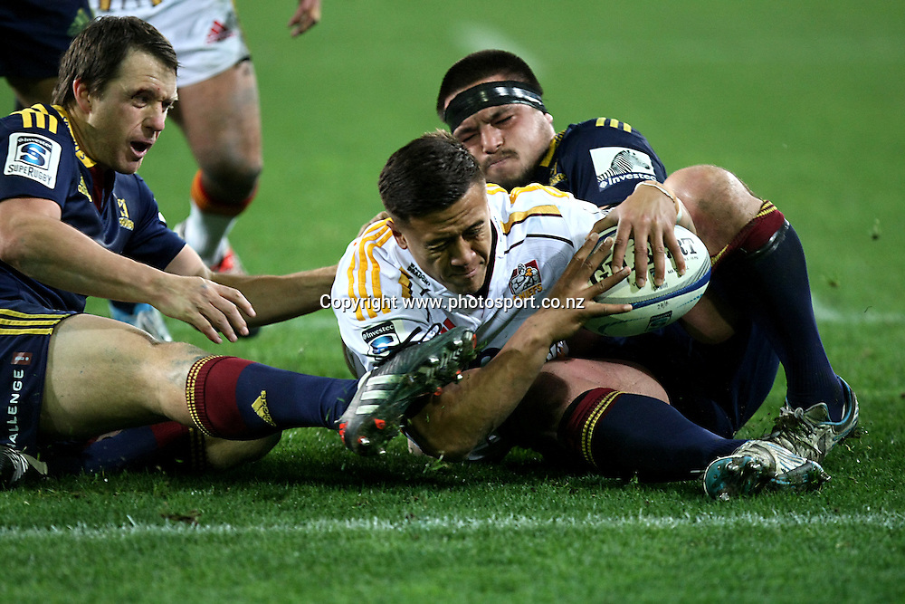Tim Nanai-Williams of the Chiefs dives over to score a try in the Super 15 rugby match, Highlanders v Chiefs, Forsyth Barr Stadium, Dunedin, New Zealand, Friday, June 27, 2014. Photo: Dianne Manson / www.photosport.co.nz