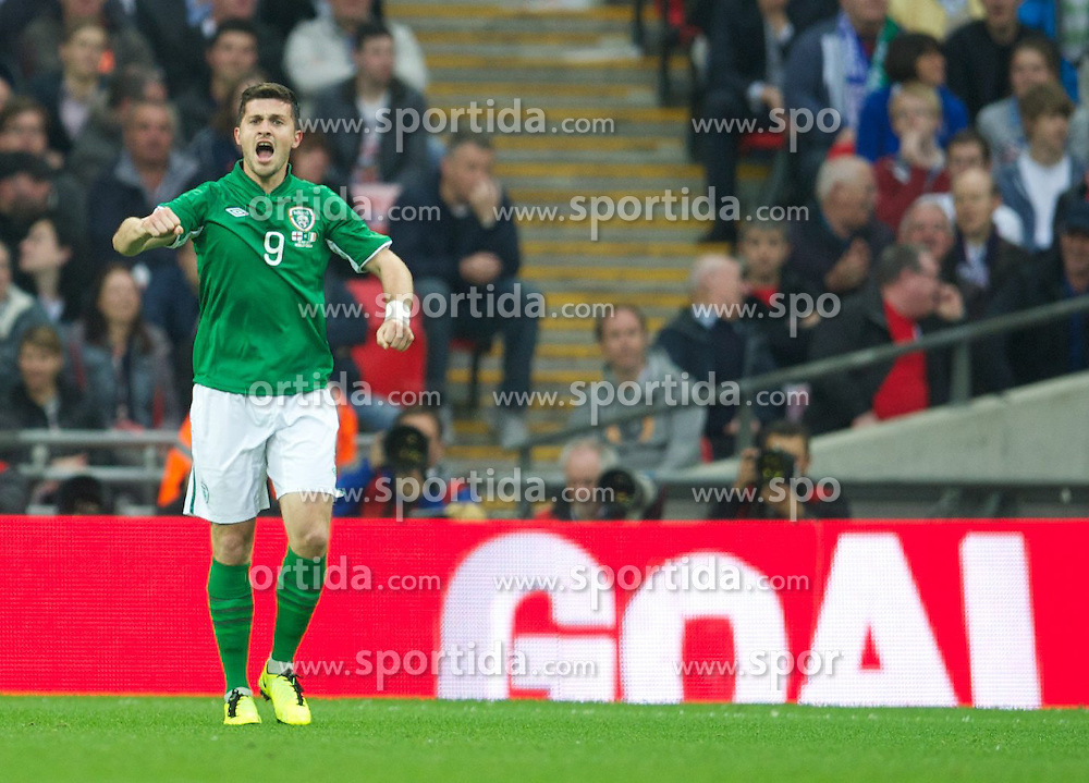 29.05.2013, Wembley Stadion, London, ENG, Testspiel, England vs Irland, im Bild Republic of Ireland's Shane Long celebrates scoring the first goal against England during during International Friendly Match between England and Republic of Ireland at the Wembley Stadium, London, United Kingdom on 2013/05/29. EXPA Pictures © 2013, PhotoCredit: EXPA/ Propagandaphoto/ David Rawcliffe..***** ATTENTION - OUT OF ENG, GBR, UK *****