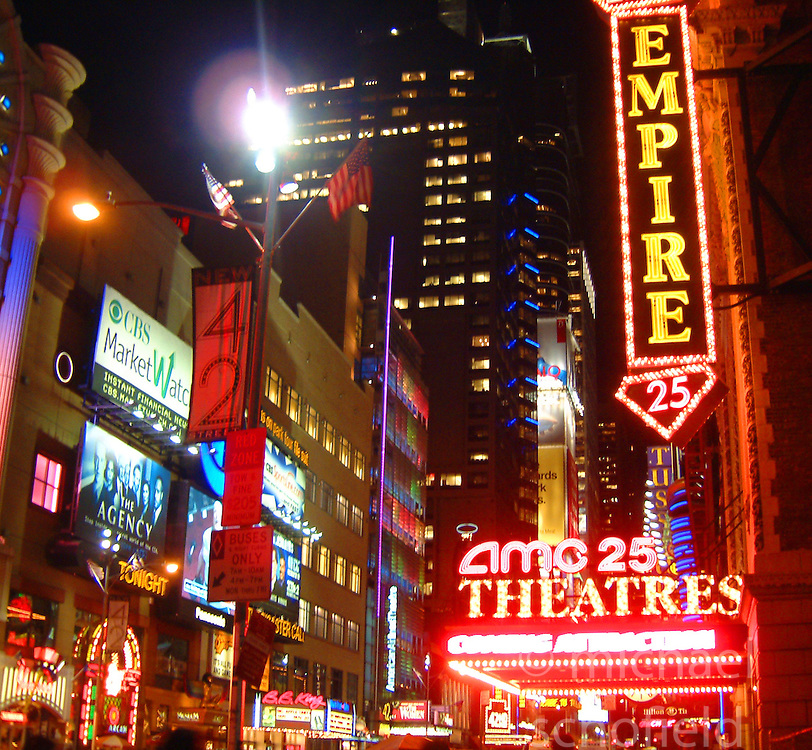 Times Square at night..Images of the city of New York, United States of America, taken between 20th-22nd November, 2001..©Michael Schofield.