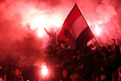 16.11.2012, Hauptplatz, Zagreb, CRO, Freispruch fuer Generaele Gotovina und Markac. Das UNO-Kriegsverbrechertribunal in Den Haag hat heute in einem Berufungsverfahren die zwei zuvor zu 24 bzw. 18 Jahren Haft verurteilten kroatischen Ex-Generäle Ante Gotovina und Mladen Markac freigesprochen, Empfang der Generäle am Hauptplatz. im Bild tausende Kroaten empfangen die beiden freigesprochenen Generäle Ante Gotovina und Mladen Markac am Hauptplatz in Zagreb // thousands of Croats acquitted the two generals Ante Gotovina and Mladen Markac received at the main square in Zagreb. The UN war crimes tribunal in Hague has today acquitted on appeal the two previously sentenced to 24 and 18 years in prison for former Croatian generals Ante Gotovina and Mladen Markac, Main square, Croatia on 2012/11/16. EXPA Pictures © 2012, PhotoCredit: EXPA/ Pixsell/ Davor Puklavec..***** ATTENTION - OUT OF CRO, SRB, MAZ, BIH and POL *****