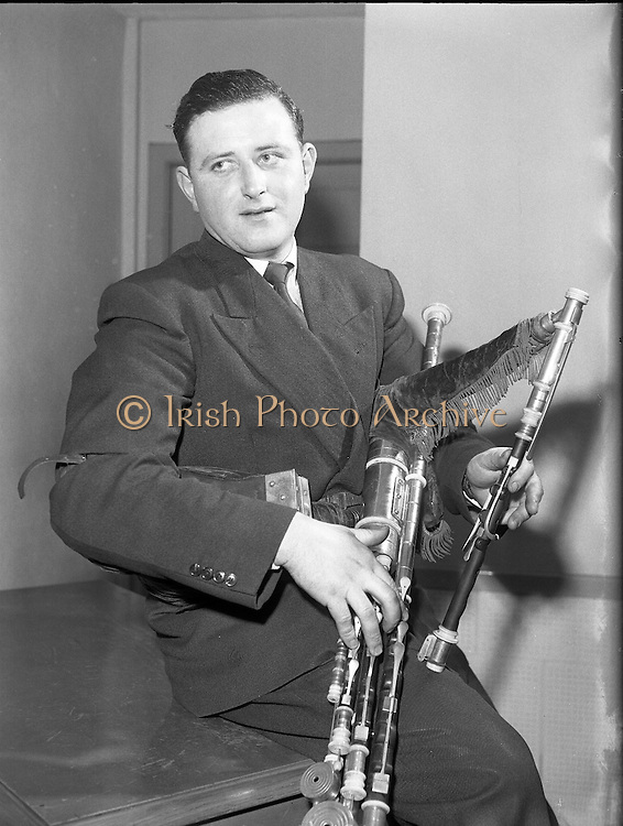 Special for Gael Linn - Sean Seery (Bagpipes) .20/01/1959