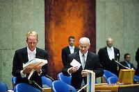 Nederland. Den Haag, 19 september 2006.<br /> Prinsjesdag. Minister Gerrit Zalm van Financien biedt de miljoenennota aan.<br /> Foto Martijn Beekman<br /> NIET VOOR TROUW, AD, TELEGRAAF, NRC EN HET PAROOL