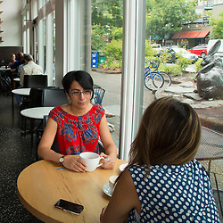 United States, Washington, Kirkland,  women in coffee shop, MR, PR