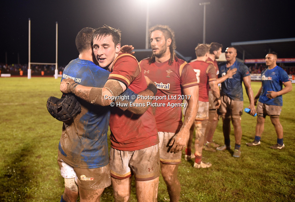 23.06.17 - Samoa v Wales -<br /> Kahn Fotuali&rsquo;i of Samoa and Sam Davies of Wales at the end of the game.<br /> Copyright photo: Ben Evans / www.photosport.nz