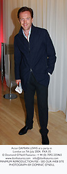 Actor DAMIAN LEWIS at a party in London on 7th July 2004.PXA 35