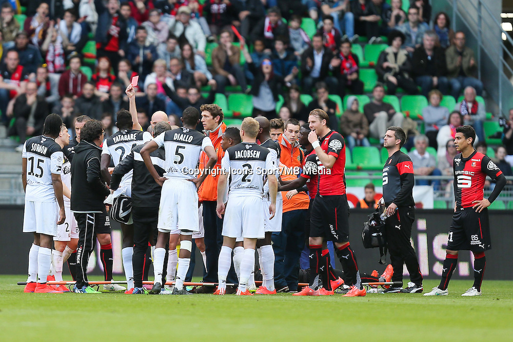 EXPULSION Sambou YATABARE - 12.04.2015 - Rennes / Guingamp - 32eme journee de Ligue 1 <br /> Photo : Vincent Michel / Icon Sport