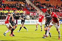 ALKMAAR - 26-09-2015, AZ - Heracles Almelo, AFAS Stadion, AZ speler Jeffrey Gouweleeuw (r) scoort hier de 2-0, doelpunt, Heracles Almelo speler Mark Jan Fledderus.