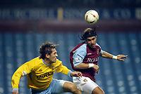Fotball<br /> Carling Cup England<br /> 03.12.2003<br /> Aston Villa v Crystal Palace<br /> Tony Popovic - Palace<br /> Juan Pablo Angel - Villa<br /> Foto: Anders Hoven, Digitalsport