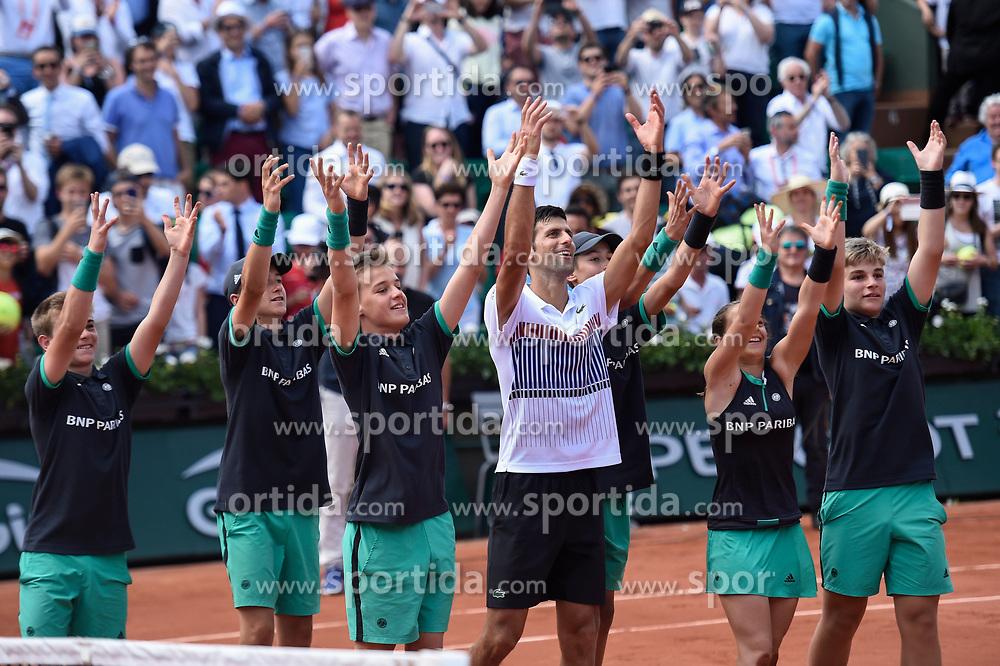 31.05.2017, Roland Garros, Paris, FRA, ATP Tour, French Open, im Bild Novak Djokovic (SRB) // during the French Open Tournament of the ATP Tour at the Roland Garros in Paris, France on 2017/05/31. EXPA Pictures © 2017, PhotoCredit: EXPA/ Vianney Thibaut