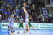 DESCRIZIONE : Campionato 2013/14 Dinamo Banco di Sardegna Sassari - Sidigas Scandone Avellino<br /> GIOCATORE : Drake Diener<br /> CATEGORIA : Tiro Tre Punti<br /> SQUADRA : Dinamo Banco di Sardegna Sassari<br /> EVENTO : LegaBasket Serie A Beko 2013/2014<br /> GARA : Dinamo Banco di Sardegna Sassari - Sidigas Scandone Avellino<br /> DATA : 24/11/2013<br /> SPORT : Pallacanestro <br /> AUTORE : Agenzia Ciamillo-Castoria / Luigi Canu<br /> Galleria : LegaBasket Serie A Beko 2013/2014<br /> Fotonotizia : Campionato 2013/14 Dinamo Banco di Sardegna Sassari - Sidigas Scandone Avellino<br /> Predefinita :