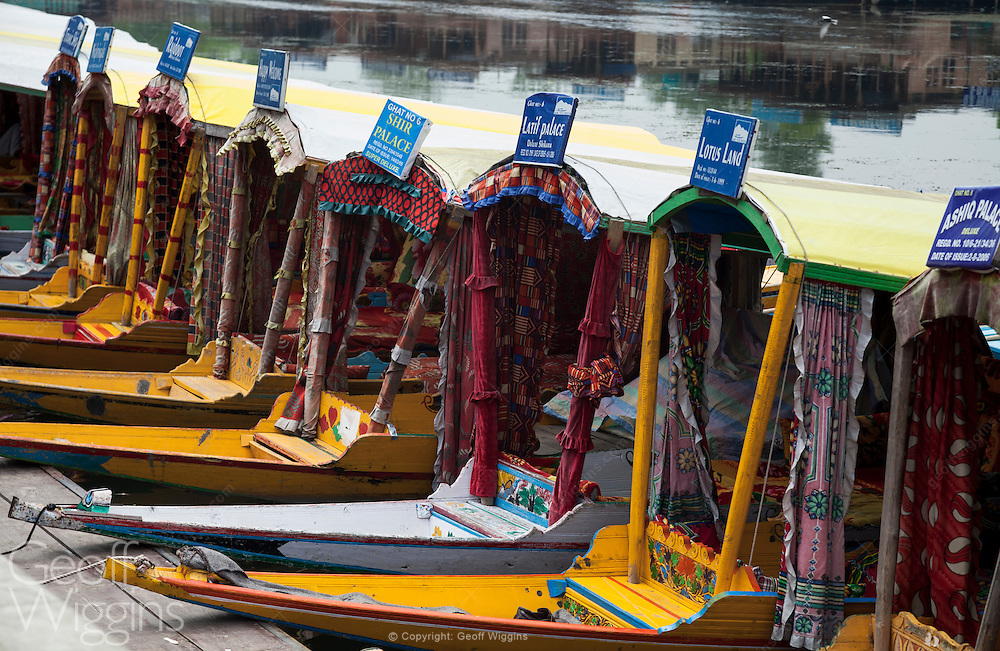 Shikaras on waters of Dal Lake, Srinagar, Kashmir, Northern India