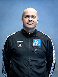 14.01.2017, BSFZ Südstadt, Maria Enzersdorf, AUT, ÖHB, Fototermin Herren Nationalteam, im Bild Trainer Patrekur Johannesson (AUT) // during a Portrait Photoshoot of the Austrian men' s handball National Team at the BSFZ Südstadt, Maria Enzersdorf, Austria on 2017/01/14, EXPA Pictures © 2017, PhotoCredit: Stiegl/ EXPA/ Sebastian Pucher