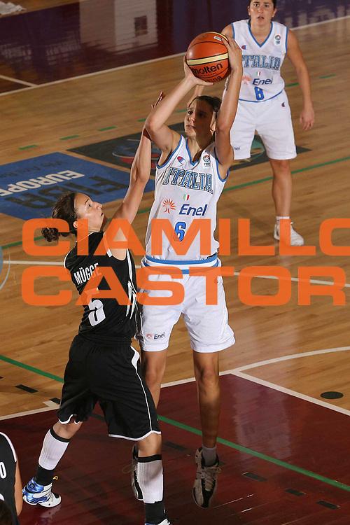 DESCRIZIONE : Chieti U20 European Championship Women Preliminary Round Italy Germany<br /> GIOCATORE : Sabrina Cinili<br /> SQUADRA : Nazionale Italia Donne U20 Italy  <br /> EVENTO : Chieti U20 European Championship Women Preliminary Round Italy Germany Campionato Europeo Femminile Under 20 Preliminari Italia Germania<br /> GARA : Italy Germany <br /> DATA : 13/07/2008 <br /> CATEGORIA : tiro<br /> SPORT : Pallacanestro <br /> AUTORE : Agenzia Ciamillo-Castoria/M.Marchi<br /> Galleria : Europeo Under 20 Femminile <br /> Fotonotizia : Chieti U20 European Championship Women Preliminary Round Italy Germany<br /> Predefinita :