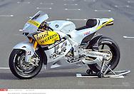 HIROSHI AOYAMA JAP.INTERWETTEN-HONDA MOTOGP ..HONDA Grand Prix Qatar 2010 (Circuit Losail) ..11.04.2010..PSP/LUKASZ SWIDEREK