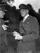 22/07/1952<br /> 07/22/1952<br /> 22 July 1952<br /> Army Equitation School, McKee Barracks, Cabra, Dublin.  Commandant P. Kelly Army PRO and Colonel F.A. Ahern.