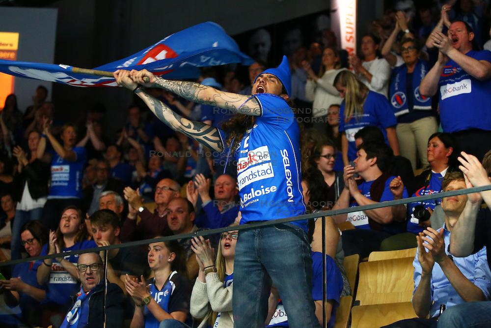 20160505 BEL: Volleybal: Noliko Maaseik - Knack Roeselare, Maaseik  <br />Public support Knack Roeselare